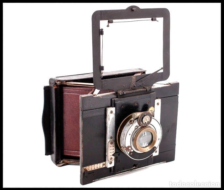 BELLIENI EXTRA PLATT 9X12CM CON BERTHIOT OLOR 135MM F/6 . FUELLE ROJO (Cámaras Fotográficas - Antiguas (hasta 1950))
