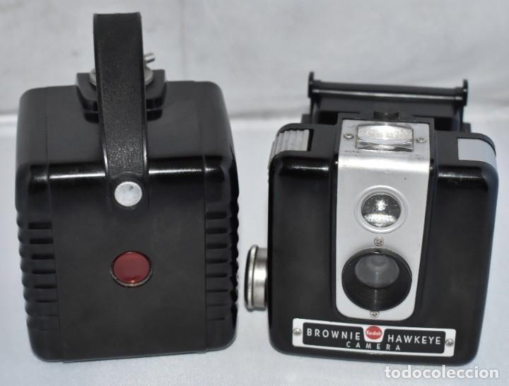Cámara de fotos: GRAN RAREZA EN BAQUELITA..PSEUDO TLR..KODAK BROWNIE HAWKEYE..USA 1949...MUY BUEN ESTADO..FUNCIONA - Foto 16 - 213813540