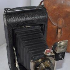 Cámara de fotos: CENTENARIA RAREZA EN MADERA..KODAK 3 FOLDING POCKET +FUNDA..USA 1904-1915..MUY BUEN ESTADO..FUNCIONA. Lote 214209346
