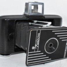 Cámara de fotos: TIPO VEST POCKET, 13 CM..BAQUELITA, ART DECÓ, FALCON JUNIOR MODEL.MADE IN USA.AÑO 1938.FUNCIONA. Lote 215032750