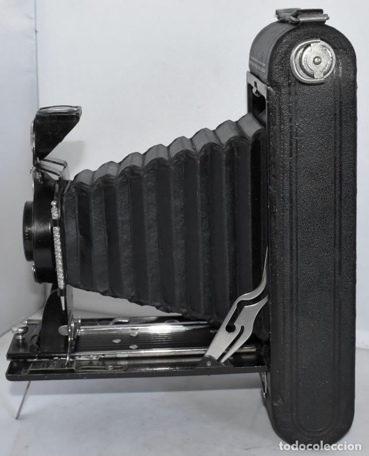Cámara de fotos: ANTIGUEDAD, RAREZA..ENORME 23 cm..KODAK POCKET Nº 2C+PUNZÓN..BUEN ESTADO.FUNCIONA..USA 1925..OCASION - Foto 13 - 215831045