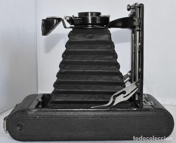Cámara de fotos: ANTIGUEDAD, RAREZA..ENORME 23 cm..KODAK POCKET Nº 2C+PUNZÓN..BUEN ESTADO.FUNCIONA..USA 1925..OCASION - Foto 18 - 215831045