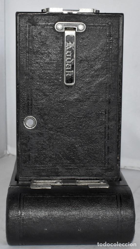 Cámara de fotos: ANTIGUEDAD, RAREZA..ENORME 23 cm..KODAK POCKET Nº 2C+PUNZÓN..BUEN ESTADO.FUNCIONA..USA 1925..OCASION - Foto 19 - 215831045