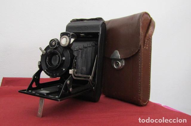 ANTIGUA CÁMARA FOTOS ALEMANA FUELLE PLEGABLE MARCA ZEISS IKON IKONTA 510/2 AÑO 1936 CON SU ESTUCHE (Cámaras Fotográficas - Antiguas (hasta 1950))