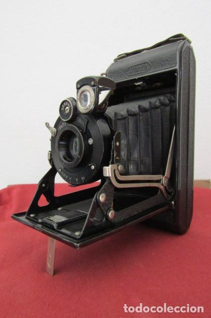 Cámara de fotos: Antigua cámara fotos alemana fuelle plegable marca Zeiss Ikon Ikonta 510/2 año 1936 con su estuche - Foto 3 - 216842506