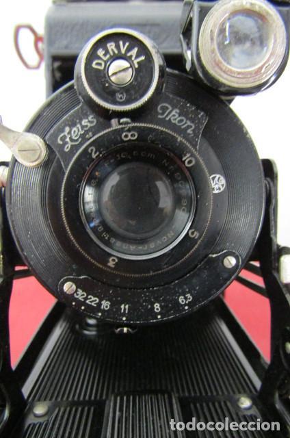 Cámara de fotos: Antigua cámara fotos alemana fuelle plegable marca Zeiss Ikon Ikonta 510/2 año 1936 con su estuche - Foto 5 - 216842506