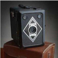 Cámara de fotos: ANTIGUA CÁMARA DE FOTO BILORA BOX 1945. Lote 217032697