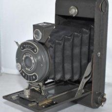 Cámara de fotos: MILITAR?.VERDE OLIVA Y GRIS..ENSIGN GREYHOUND..INGLATERRA 1930..MUY BUEN ESTADO..FUNCIONA. Lote 218715360