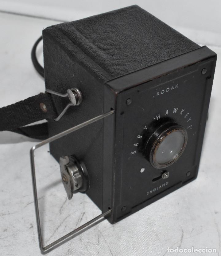 ESCASA Y RARA MINIATURA EN 127 FILM..KODAK BABY HAWKEYE..INGLATERRA 1936..FUNCIONA..REGULAR ESTADO (Cámaras Fotográficas - Antiguas (hasta 1950))