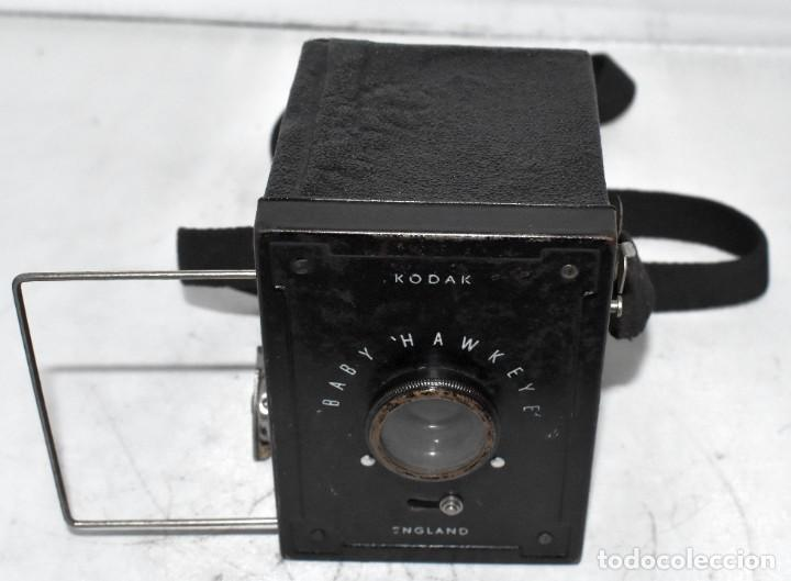 Cámara de fotos: ESCASA Y RARA MINIATURA EN 127 FILM..KODAK BABY HAWKEYE..INGLATERRA 1936..FUNCIONA..REGULAR ESTADO - Foto 3 - 219548917