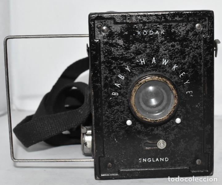 Cámara de fotos: ESCASA Y RARA MINIATURA EN 127 FILM..KODAK BABY HAWKEYE..INGLATERRA 1936..FUNCIONA..REGULAR ESTADO - Foto 6 - 219548917
