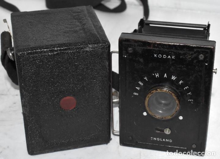 Cámara de fotos: ESCASA Y RARA MINIATURA EN 127 FILM..KODAK BABY HAWKEYE..INGLATERRA 1936..FUNCIONA..REGULAR ESTADO - Foto 8 - 219548917