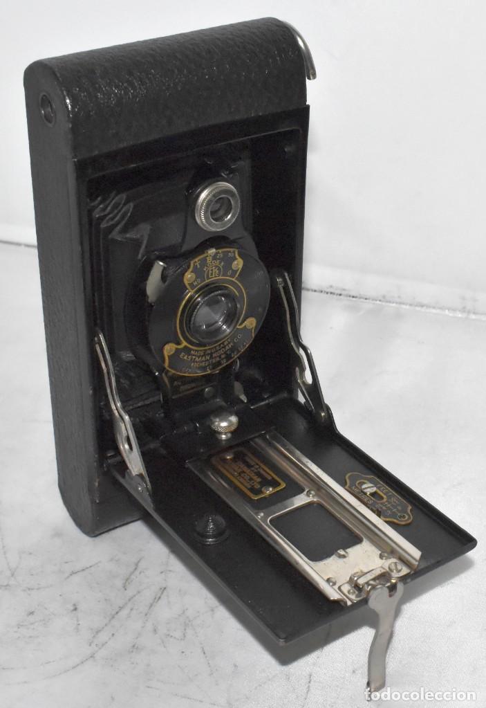 Cámara de fotos: IMPRESCINDIBLE,RARA.KODAK Nº 2 FOLDING AUTOGRAPHIC BROWNIE.CANADA 1915/1926.MUY BUEN ESTADO.FUNCIONA - Foto 4 - 219554143