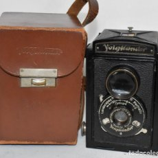 Cámara de fotos: ALEMANIA 1932..PIONERA REFLEX BIFOCAL..VOIGTLÄNDER BRILLANT+FUNDA..MUY BUEN ESTADO..FUNCIONA.. Lote 221389697