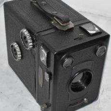 Cámara de fotos: RAREZA Y CALIDAD..CERTO DOPPEL BOX ..ALEMANIA 1932..MUY BUEN ESTADO..FUNCIONA..ÚNICA..DUAL.120 FILM. Lote 222834791