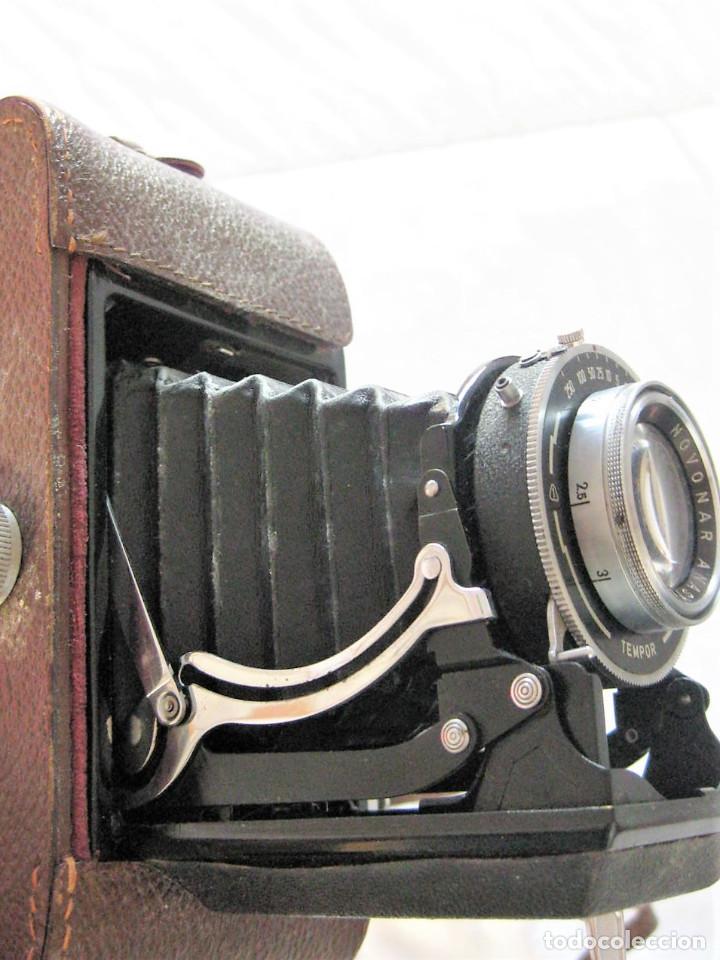 Cámara de fotos: CÁMARA DE FUELLE ZEIS IKON MADEIN GERMANY CON SU FUNDA DE CUERO ORIGINAL, BUEN ESTADO, DECORACIÓN - Foto 11 - 226848514