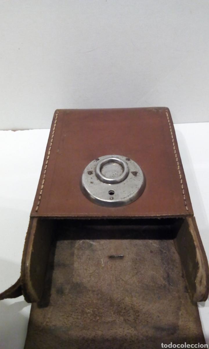 Cámara de fotos: CÁMARA DE FUELLE VOIGTLANDER JUBILAR DE 1931. EDICIÓN ESPECIAL 175 AÑOS DE VOIGTLANDER ANIVERSARIO - Foto 25 - 231737580