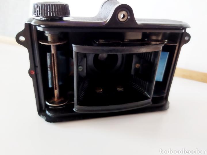 Cámara de fotos: Antigua cámara de baquelita UNIVEX Única II. Años 40. - Foto 2 - 233034465