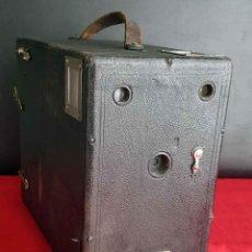 Cámara de fotos: CÁMARA HÜTIG MERKUR DE DETECTIVE DE 1906. Lote 235048980