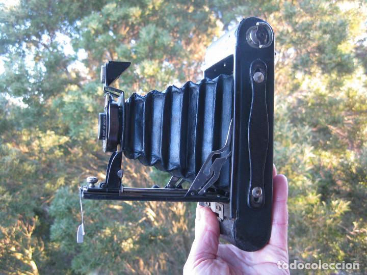 Cámara de fotos: KODAK BALL BEARING SHUTER Nº 2-A FOLDING AUTOGRAPHIC BROWNIE MADE IN USA ROCHESTER N.Y. - Foto 8 - 235380430