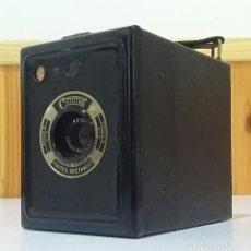 Cámara de fotos: CÁMARA BOX CORONET DEPOSE FABRICADA EN FRANCIA PRINCIPIOS SIGLO XX EN MUY BUEN ESTADO. Lote 235728545