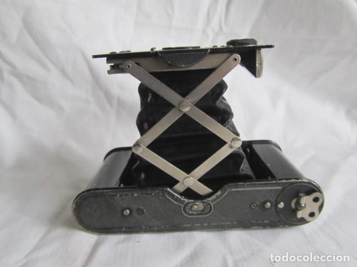 Cámara de fotos: Cámara fotográfica de fuelle Kodal Co, Rochester N.Y. U.S.A., funda cuero original - Foto 3 - 236747685