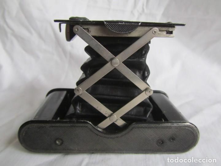 Cámara de fotos: Cámara fotográfica de fuelle Kodal Co, Rochester N.Y. U.S.A., funda cuero original - Foto 5 - 236747685