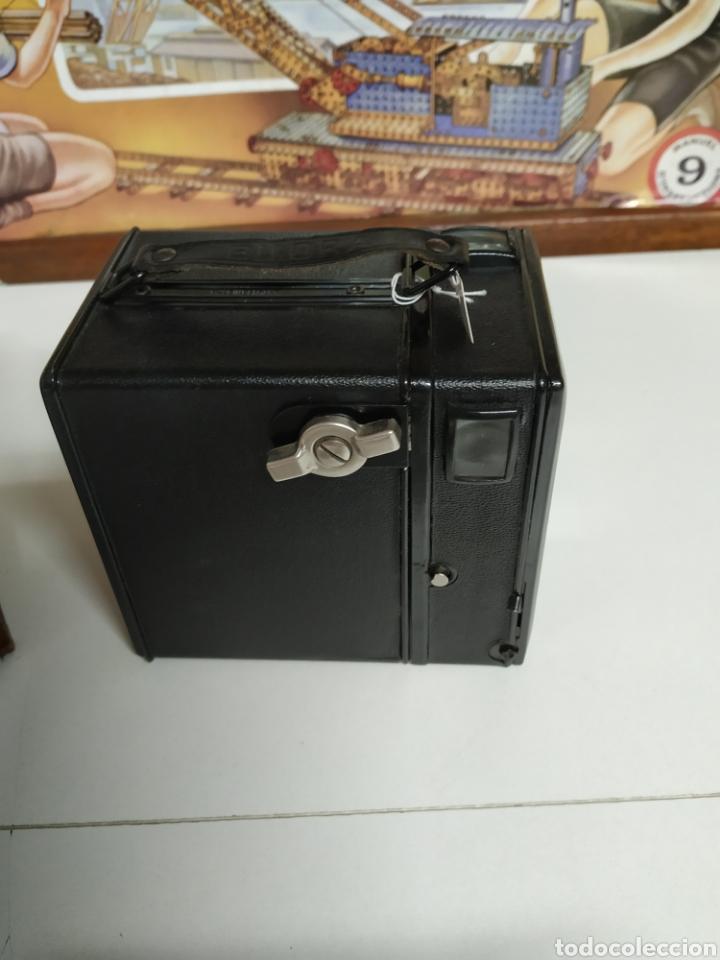 Cámara de fotos: Cámara bilora box 1949 en muy buen estado con su funda original. - Foto 3 - 237374870