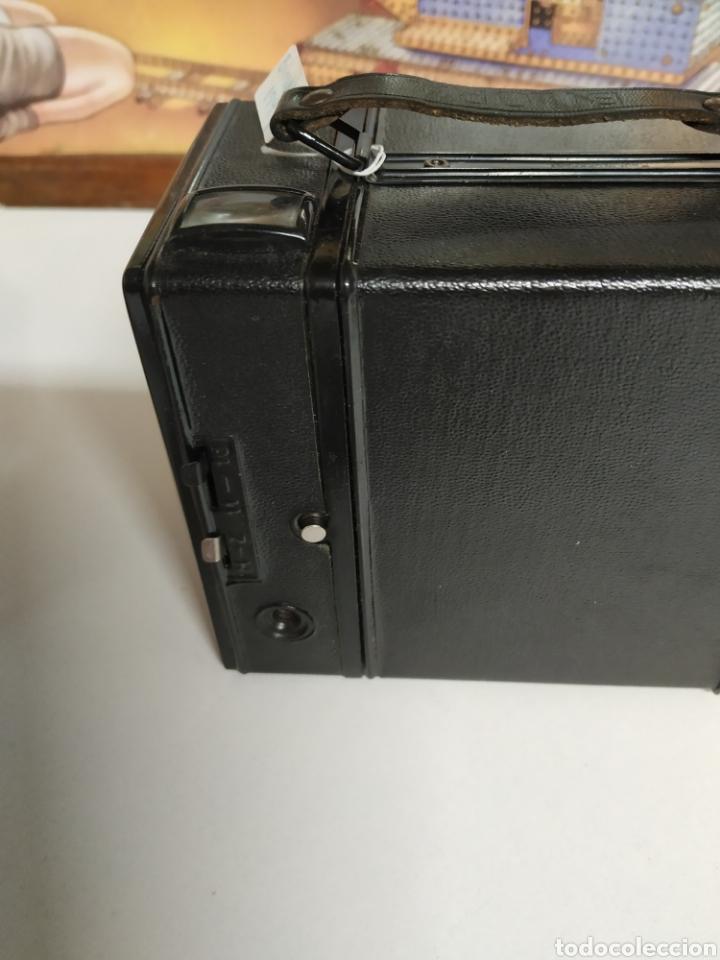 Cámara de fotos: Cámara bilora box 1949 en muy buen estado con su funda original. - Foto 5 - 237374870