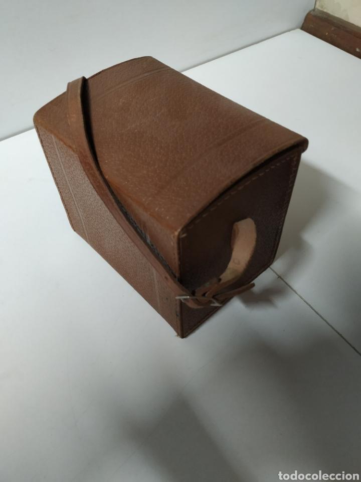 Cámara de fotos: Cámara bilora box 1949 en muy buen estado con su funda original. - Foto 8 - 237374870