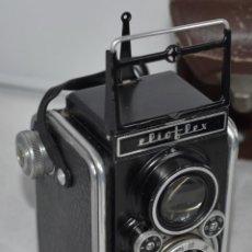 Cámara de fotos: OCASION...REFLEX BIFOCAL (TLR)..FERRANIA ELIOFLEX (ITALIA, 1950)+FUNDA..FUNCIONA..MUY BUEN ESTADO. Lote 239698685