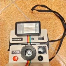 Cámara de fotos: CÁMARA DE FOTOS ANTIGUA POLAROID. Lote 240473955
