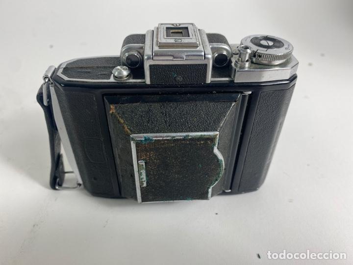 Cámara de fotos: CAMARA FOTOGRAFICA ZEISS IKON. SUPER IKONTA 531. - Foto 3 - 243819170