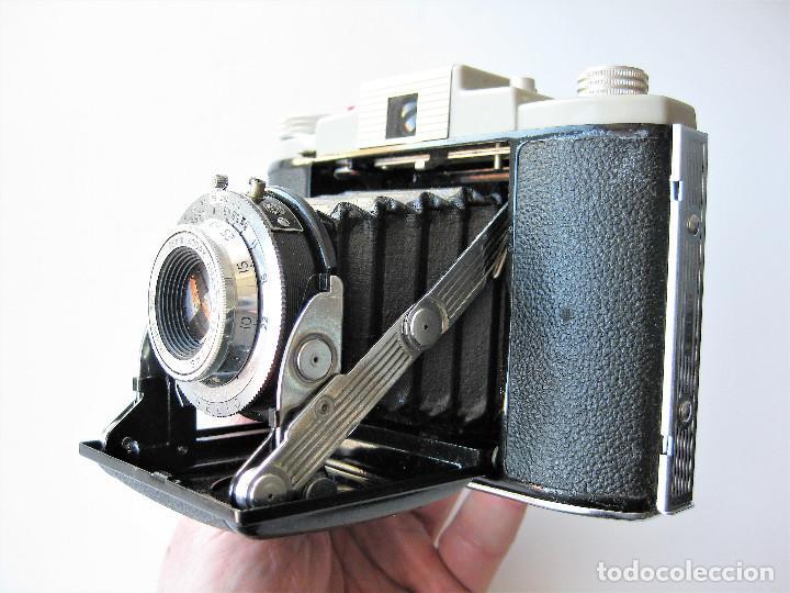Cámara de fotos: CAMARA DE FUELLE KODAK 66 MODELO III, NUMERADA, MADE IN ENGLAND - Foto 2 - 248073710