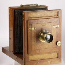 Cámara de fotos: MUY ANTIGUA CÁMARA DE COLODIÓN (FRANCIA, 1860S) + OBJETIVO DE LATÓN + CHASIS. Lote 254786350