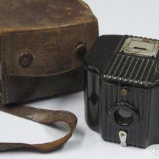 Cámara de fotos: ANTIGUA CAMARA BABY BROWNIE. Lote 259008005