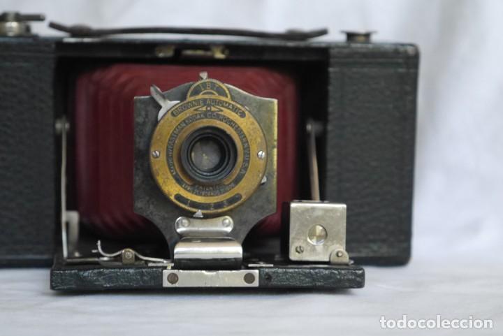 Cámara de fotos: Cámara fotográfica Kodal Brownie Automatíc - Foto 4 - 277624653