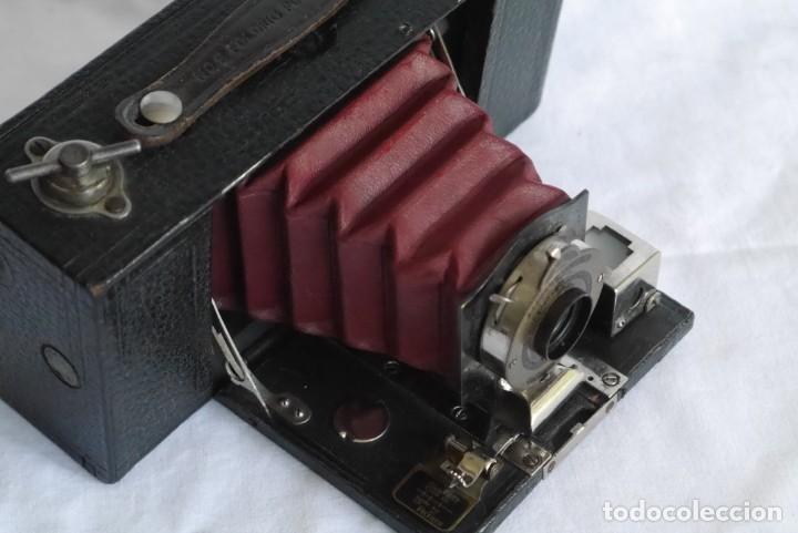 Cámara de fotos: Cámara fotográfica Kodal Brownie Automatíc - Foto 5 - 277624653