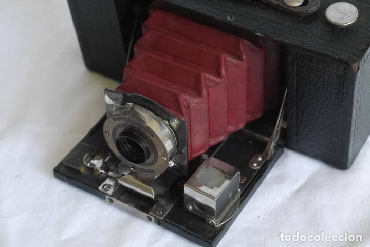 Cámara de fotos: Cámara fotográfica Kodal Brownie Automatíc - Foto 6 - 277624653