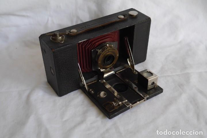 Cámara de fotos: Cámara fotográfica Kodal Brownie Automatíc - Foto 12 - 277624653