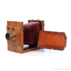 Cámara de fotos: CÁMARA FOTOGRÁFICA TIPO FUELLE DE MADERA Y ÓPTICA ERYSCOPE SUPERIEUR. CIRCA 1900. Lote 279526753
