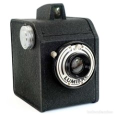 Cámara de fotos: CÁMARA LUMIERE BOX 54. FRANCIA 1954. Lote 280810403