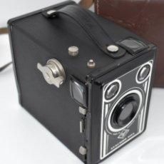 Fotocamere: ART DECÓ..CAMARA DE CAJON ALEMANA 1951..AGFA SYNCHRO BOX+FUNDA..MUY BUEN ESTADO..FUNCIONA. Lote 287248268