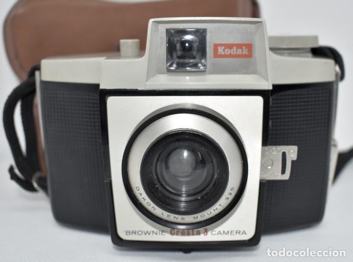 Cámara de fotos: CAMARA ANTIGUA, 120FILM..KODAK BROWNIE CRESTA 3 + FUNDA..INGLATERRA 1960..MUY BUEN ESTADO..FUNCIONA - Foto 3 - 288014968