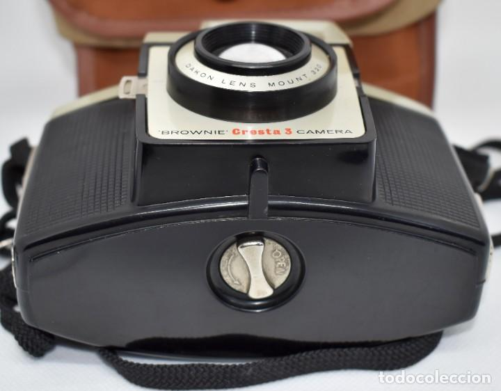 Cámara de fotos: CAMARA ANTIGUA, 120FILM..KODAK BROWNIE CRESTA 3 + FUNDA..INGLATERRA 1960..MUY BUEN ESTADO..FUNCIONA - Foto 11 - 288014968
