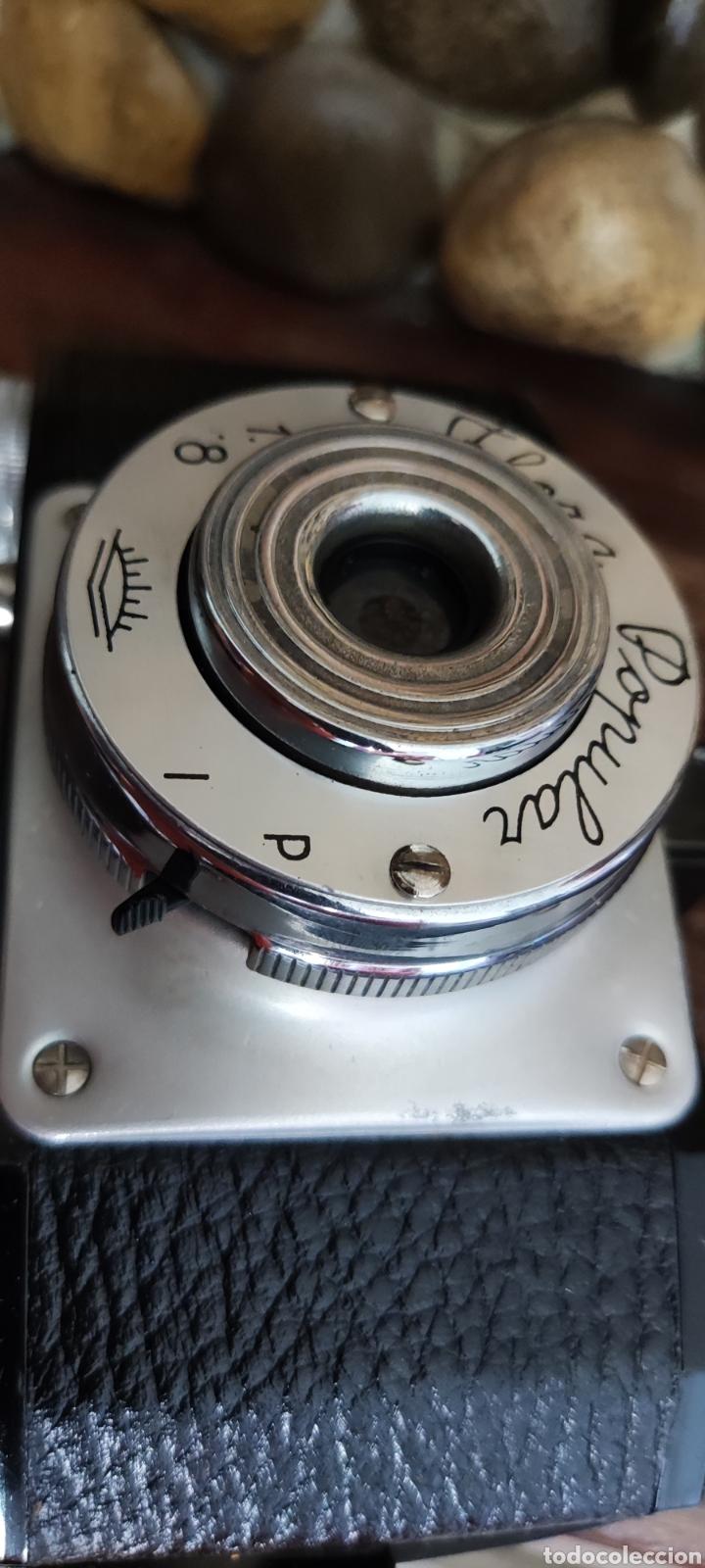 Cámara de fotos: Antigua cámara fotográfica Flora Popular fabricada en España con Su funda - Foto 9 - 288050808