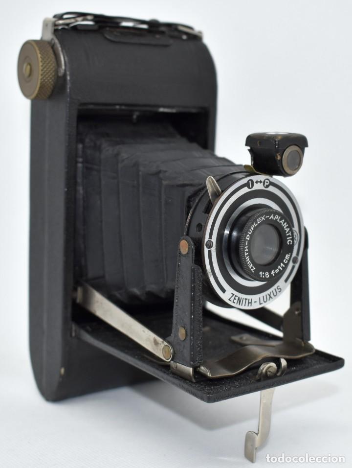 Cámara de fotos: RAREZA, DESCONOCIDA..120 FILM..ZENITH SUPER..DE 1930-1940..MUY BUEN ESTADO..FUNCIONA - Foto 2 - 288057853