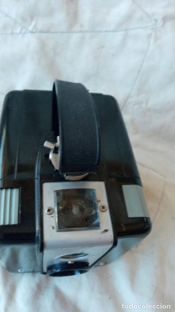 Cámara de fotos: Camara de fotos Brownie Kodak Hawkeye. - Foto 3 - 288077288