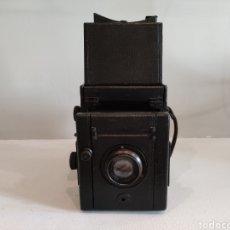 Cámara de fotos: CÁMARA INGLESA REFLEX 6X9 CON ROLLFILM 120.RAREZA. Lote 295690418