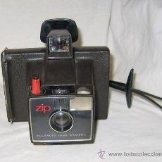 Cámara de fotos: ANTIGUA CÁMARA POLAROID LAND ZIP DE REVELADO AUTOMÁTICO / 1971. Lote 26329075